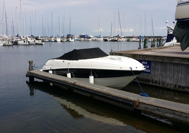 bayliner 802
